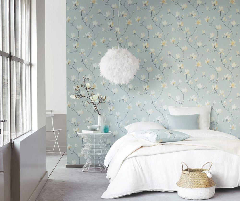 Florale Tapete Serina Blau Mit Rankenden Magnolien